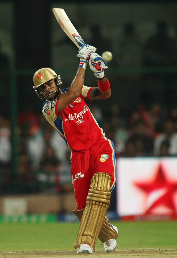 IPL 7: RCB retain Kohli, Gayle, de Villiers; name Vettori as coach