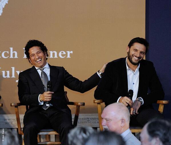 Sachin Tendulkar (left) with Shahid Afridi