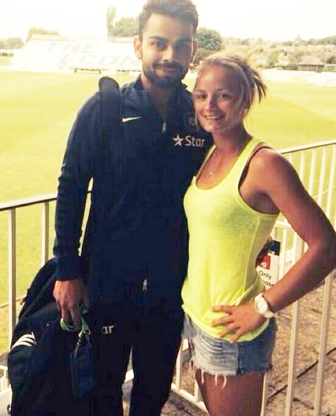 Danielle Wyatt with Virat Kohli