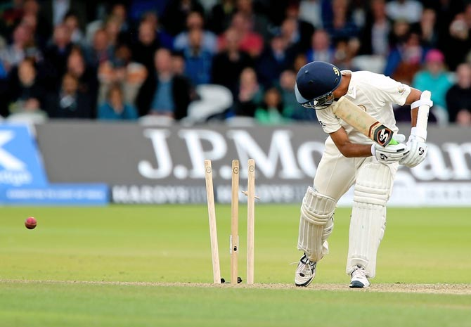 Rahul Dravid is bowled by Paul Collingwood