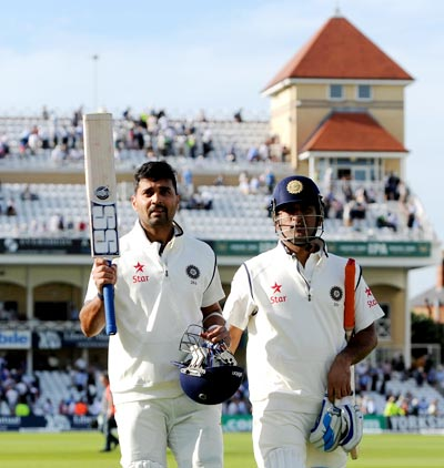 Rediff Cricket - Indian cricket - Vijay's century frustrates England on Day 1