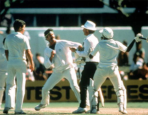 Dennis Lillee and Javed Miandad get into a major scuffle as the umpire tries to diffuse the situation