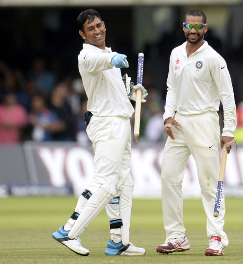 India's Mahendra Singh Dhoni (left) and Shikhar Dhawan