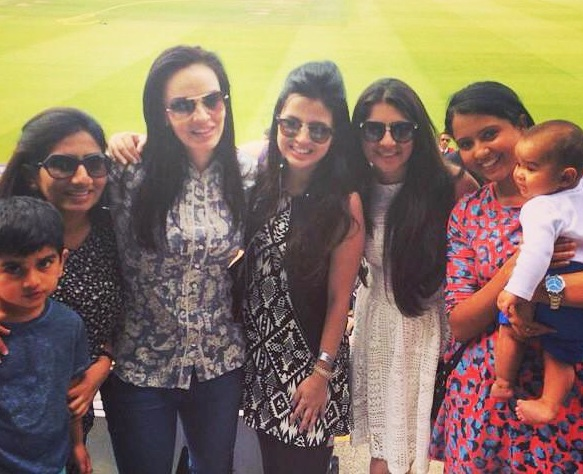 Rediff Cricket - Indian cricket - PHOTOS: Victory at Lord's with all the gorgeous wives!!!