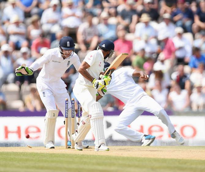 Ravindra Jadeja looks behind to find himself bowled by Moeen Ali (not pictured)
