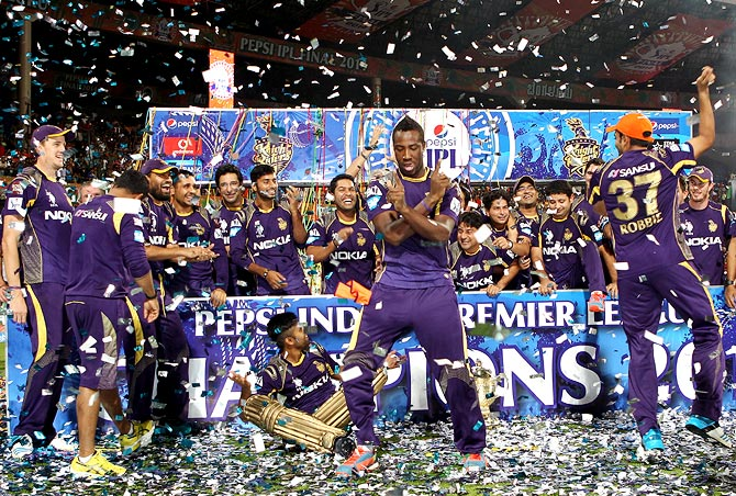 ... Knight Riders, SRK celebrate IPL triumph in style - Rediff Cricket