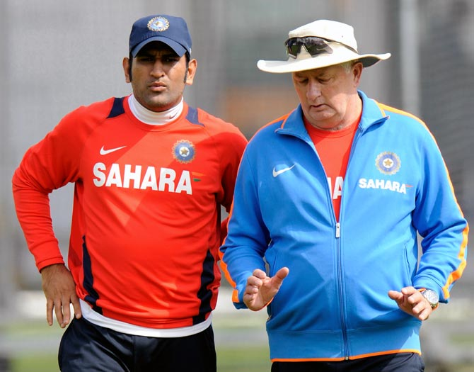 Mahendra Singh Dhoni (left) with India coach Duncan Fletcher