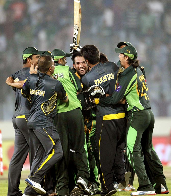 Pakistan's players celebrate their victory against India