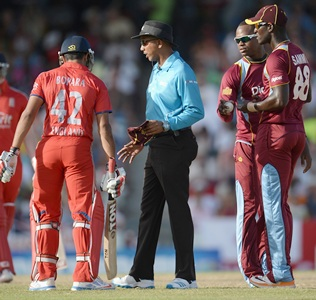 Bopara, Samuels and Sammy fined for on-field confrontation
