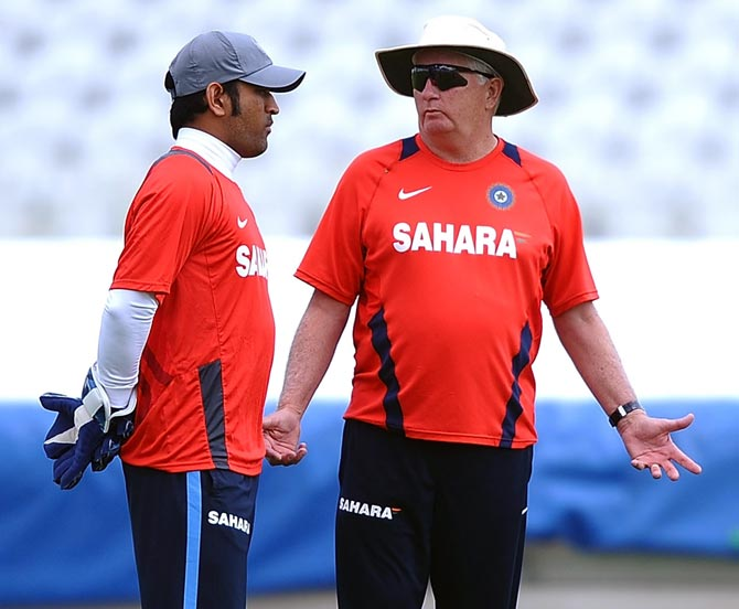 India coach Duncan Fletcher, right, with captain Mahendra Singh Dhoni