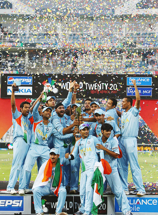 The Indian team celebrates with the trophy after winning the World Twenty20 Championship final against Pakistan at The Wanderers Stadium in Johannesburg, South Africa on September 24, 2007