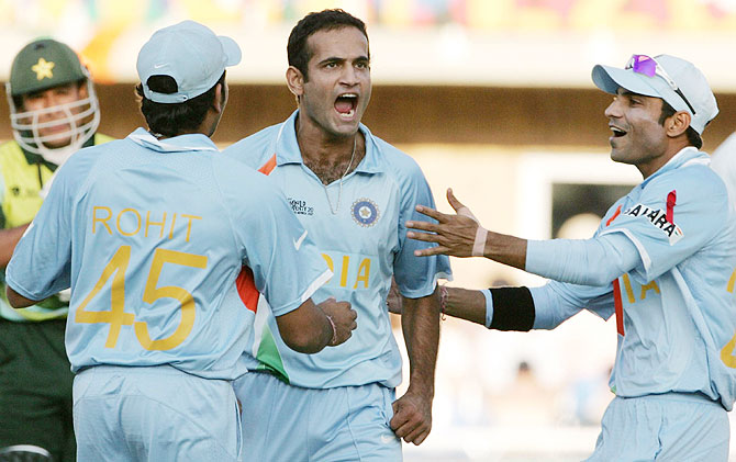 Irfan Pathan celebrates the wicket of Yasir Arafat