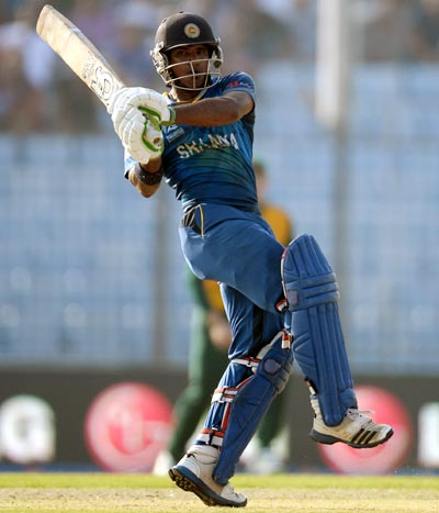World T20: Sri Lanka hold nerve to edge past South Africa