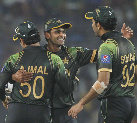 World T20: Pakistan get back on track with win over Australia