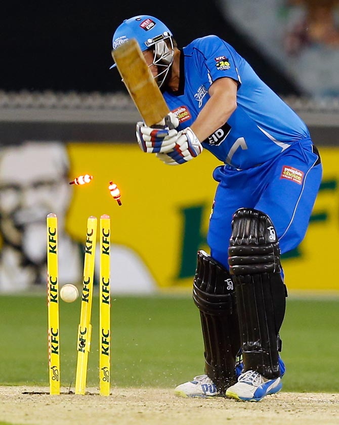 LED stumps and bails in T20 cricket: 10 things you must know