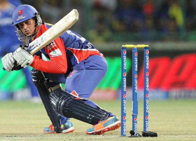 Quinton de Kock plays a shot