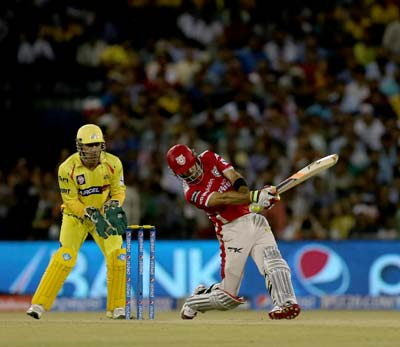 Chennai crumble after Maxwell hoists Punjab to season-best 231