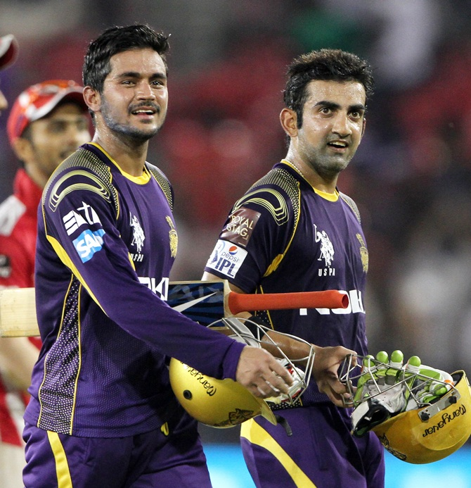 Gautam Gambhir captain of the Kolkata Knight Riders with Manish Pandey