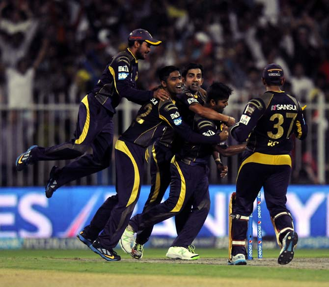 Kolkata Knight Riders players celebrate victory.