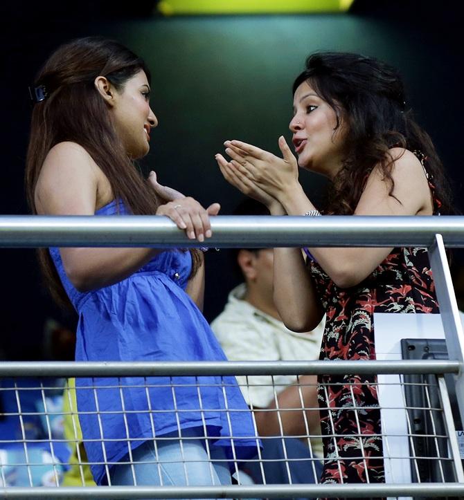Sakshi Dhoni with Geeta Basra