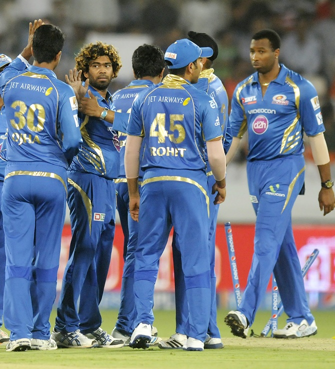 Mumbai Indians' players celebrate
