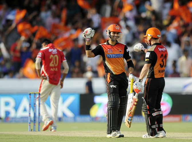 Naman Ojha and David Warner during their partnership