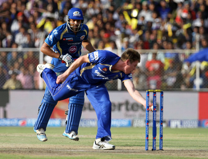 James Faulkner of Rajasthan runs out Mumbai captain Rohit Sharma