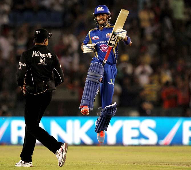 IPL PHOTOS: Simmons century powers Mumbai to victory