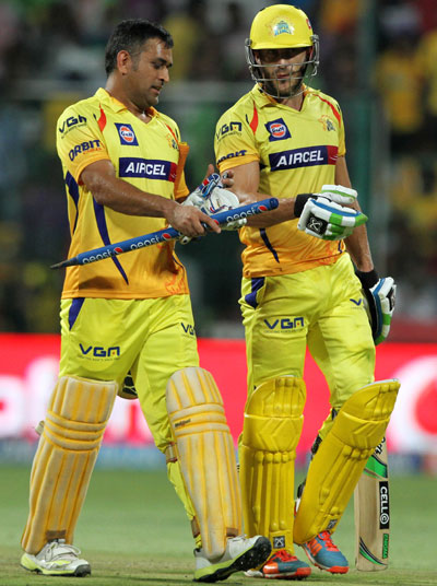 Dhoni, Du Plessis help Chennai Super Kings ease past Bangalore