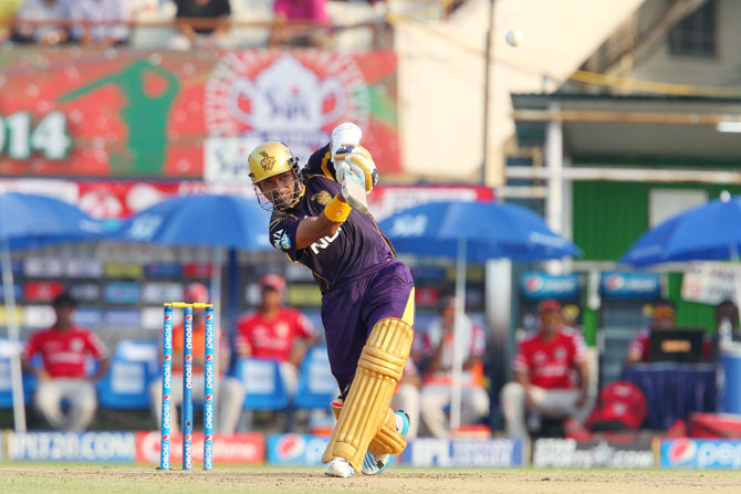 Kolkata's Robin Uthappa plays a shot.