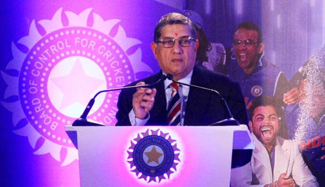 Srinivasan cleared of match-fixing, scuttling IPL probe
