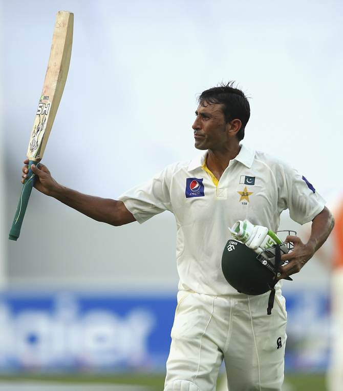 Rediff Cricket - Indian cricket - Younis leads Pakistan fightback vs Australia with 25th ton