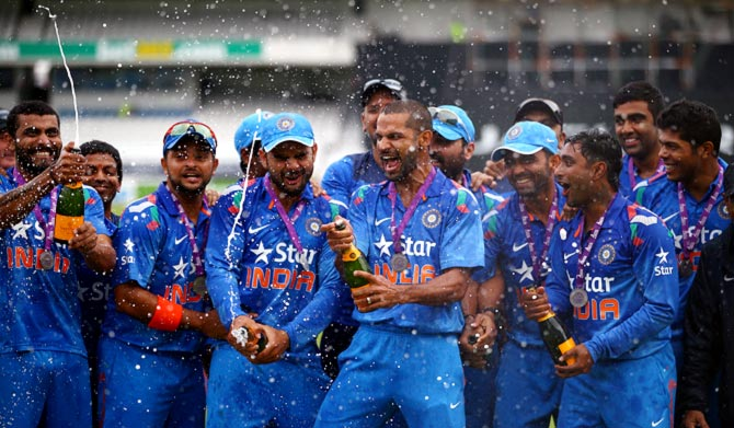 Download Indian Cricket Team APK latest version app for