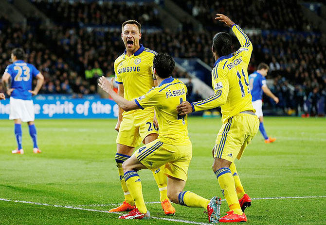 Rediff Sports - Cricket, Indian hockey, Tennis, Football, Chess, Golf - EPL PHOTOS: Chelsea close in on title after win at Leicester