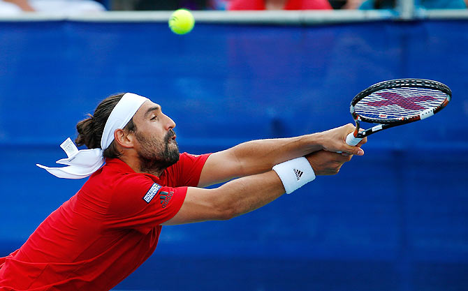 Rediff Sports - Cricket, Indian hockey, Tennis, Football, Chess, Golf - Injured Baghdatis withdraws from Rio Games
