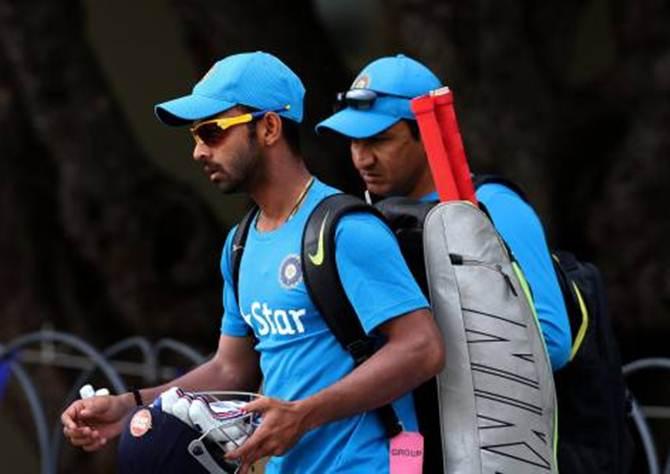 Rediff Sports - Cricket, Indian hockey, Tennis, Football, Chess, Golf - Bangar lauds batsmen's willingness to bat anywhere in the order