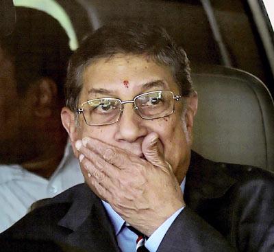 Supreme Court slams Srinivasan for attending BCCI meet