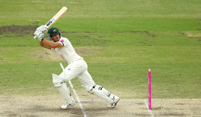 How to Hit Big Shots In Cricket