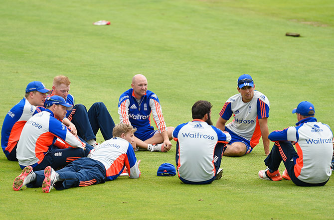 Rediff Cricket - Indian cricket - Ashes will be tough but England CAN beat Australia: KP