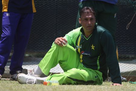 Rediff Cricket - Indian cricket - PCB returns seven million rupees to Shoaib Akhtar