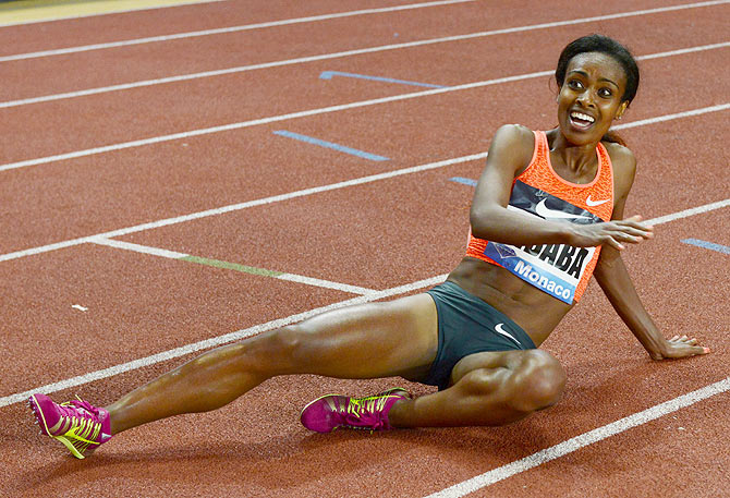 Rediff Sports - Cricket, Indian hockey, Tennis, Football, Chess, Golf - Dibaba runs fastest ever women's 2,000 metres