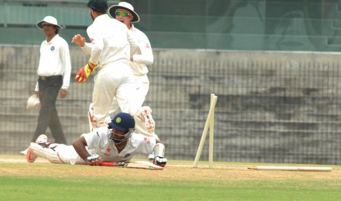Rediff Sports - Cricket, Indian hockey, Tennis, Football, Chess, Golf - India 'A' batsmen falter again after conceding big lead