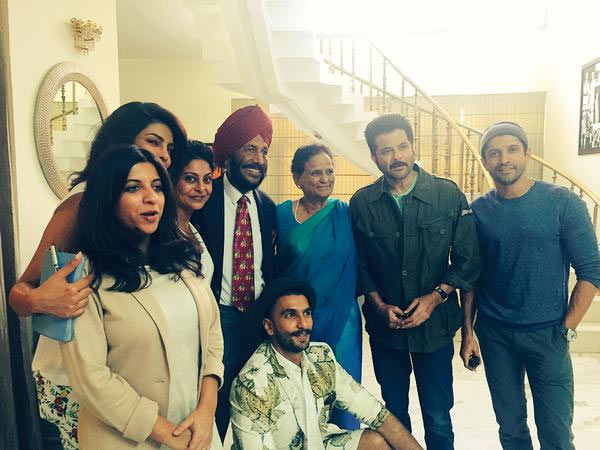The cast of Dil Dhadakne Do with Milkha Singh and wife Nirmal Kaur