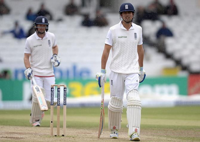 Rediff Cricket - Indian cricket - Headingley Test: Rain holds up New Zealand victory bid