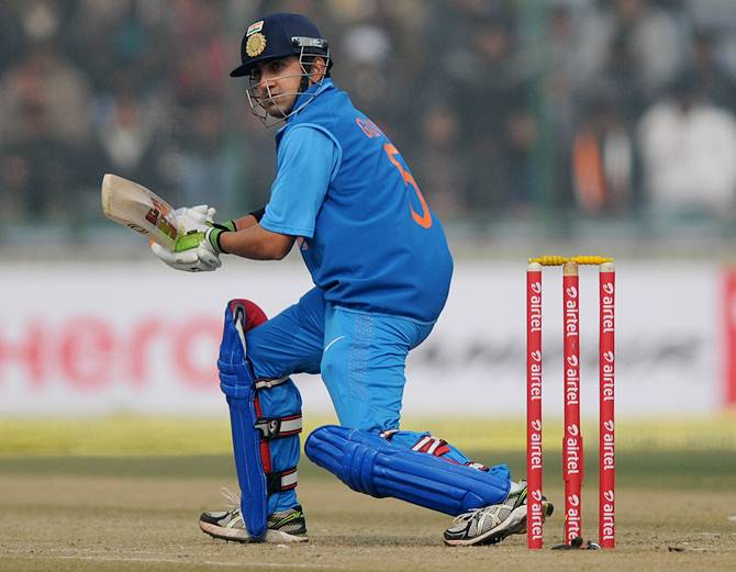 Rediff Sports - Cricket, Indian hockey, Tennis, Football, Chess, Golf - Gambhir working with Langer in Perth to revive India career