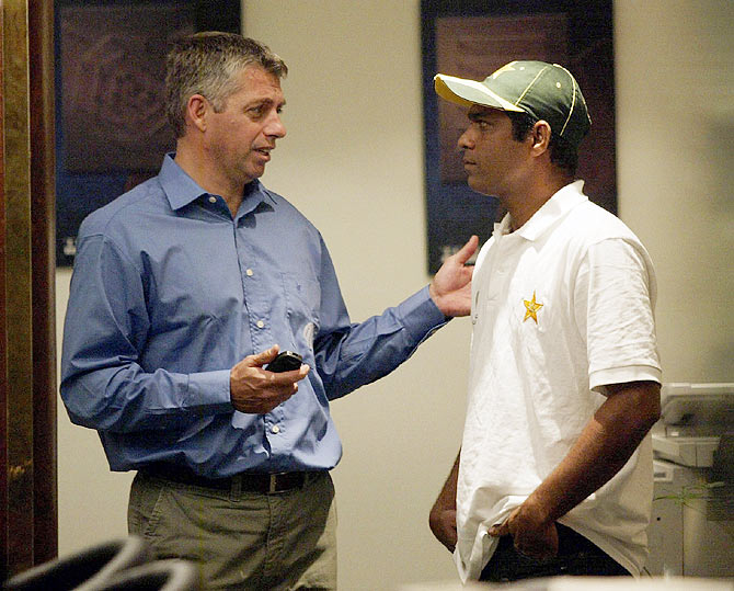 ICC chief Dave Richardson with Rashid Latif
