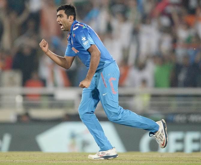 Rediff Cricket - Indian cricket - Ashwin is a cricket tragic, statistically-motivated, says Fleming