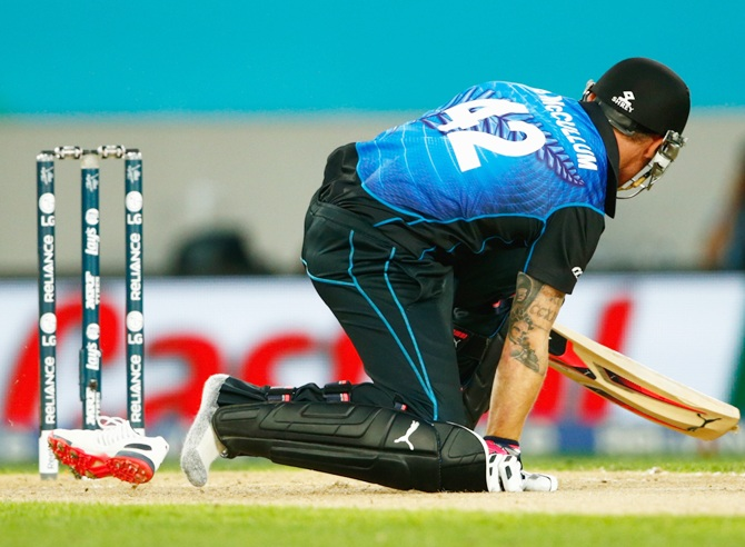 Brendon McCullum loses his shoe during his whirlwind knock. Photograph: Hannah Peters/Getty Images