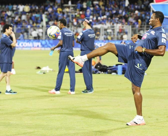 Rediff Cricket - Indian cricket - Mumbai Indians look to keep winning momentum against Kings XI