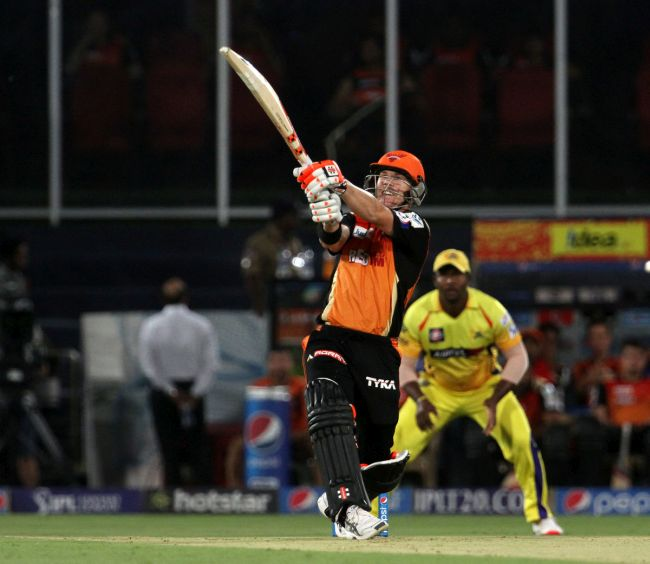 Rediff Cricket - Indian cricket - Warner inspires Sunrisers to victory over Chennai Super Kings